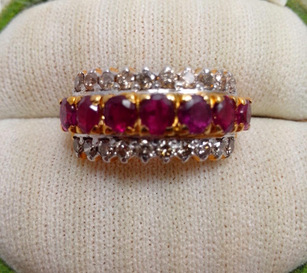 แหวนทองเพชรเกสรสองแถว
