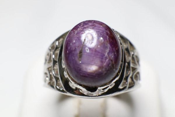 แหวนทับทิมมะเหมี่ยว