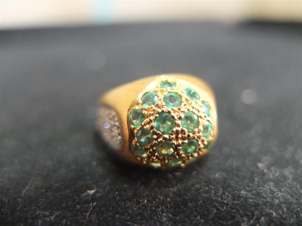 แหวนทองเครื่องประดับ