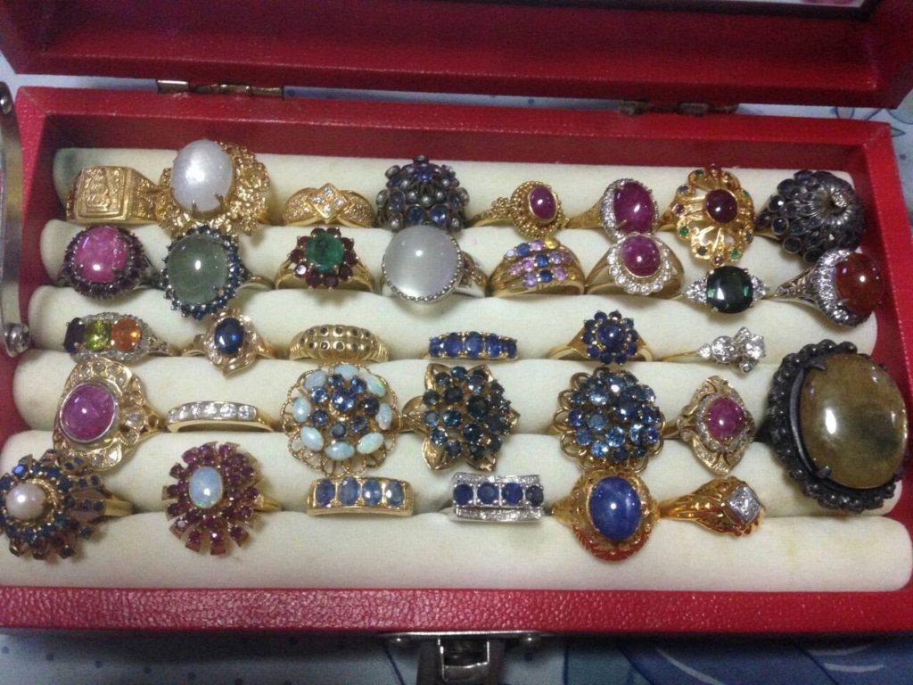 เลือกใส่แหวน