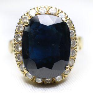 แหวนทองคำไพลินเม็ดใหญ่