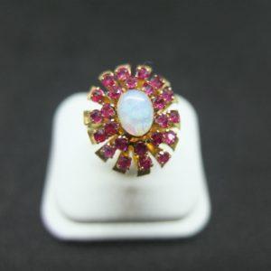แหวนทับทิมสยามโอปอล