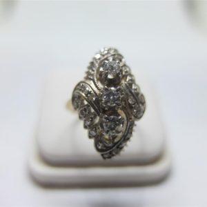 แหวนเพชรเกสรทรงมาร์คีโบราณ