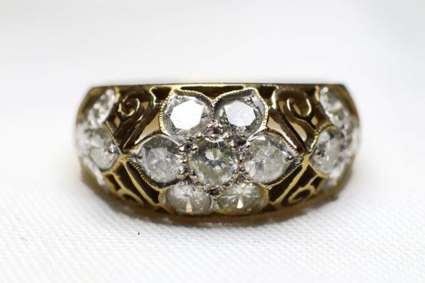 แหวนทองโบราณเพชรเกสร