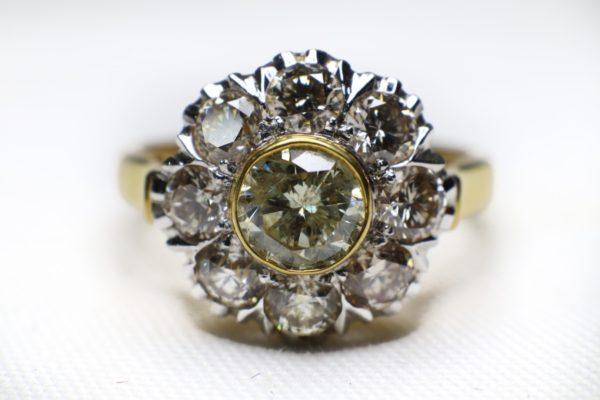 แหวนเพชรเกสรทรงโบราณ