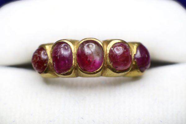 แหวนพลอยทับทิมจันทบุรี