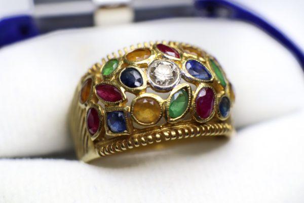 แหวนหัวพลอย