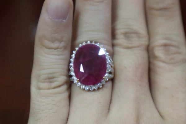แหวนแบบไหนใส่แล้วรวย